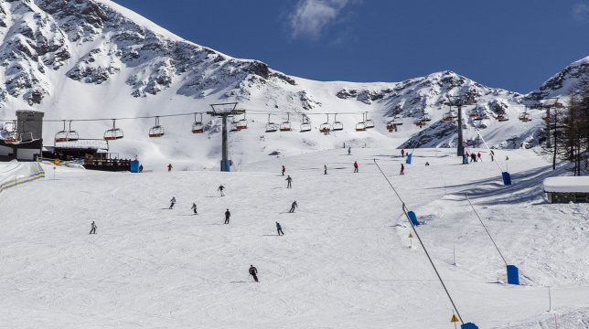 Közép- és Kelet-Európa elhalássza az alpesi országok síturistáit – Origo
