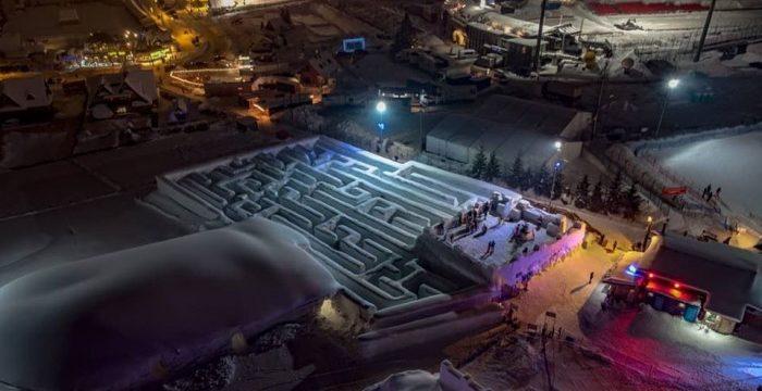 Mesébe illően néz ki a világ legnagyobb hó-útvesztője – Vezess.hu