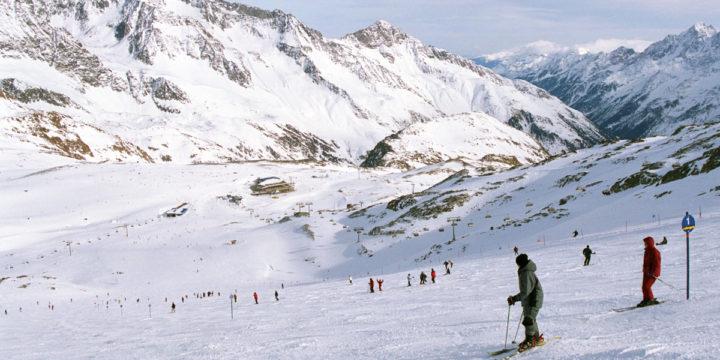 Nem marad el a síszezon és az adventi vásár Ausztriában – Index.hu
